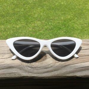 Cat eye shades